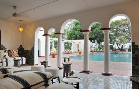 Victoria Falls Hotel - Pool