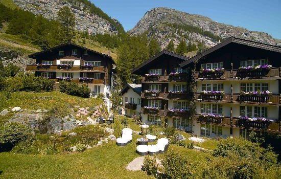 Hotel Sonne Zermatt - Exterior