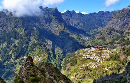 Nun's Valley by way of the Eira do Serrado viewpoint